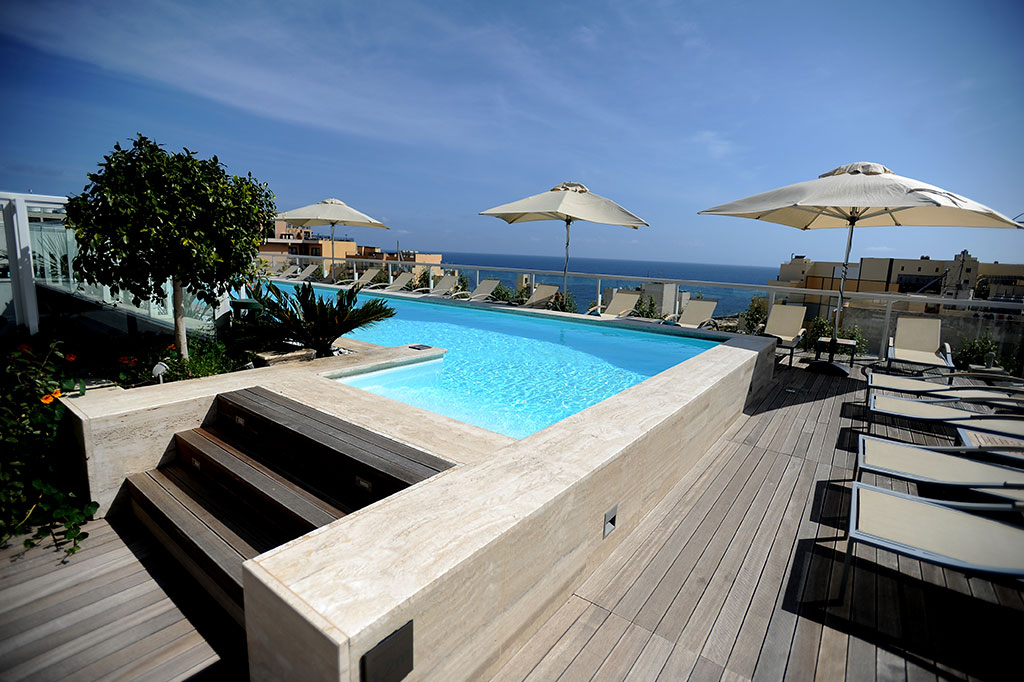 Image gallery of the george hotel st julian 39 s malta for Hotels malte